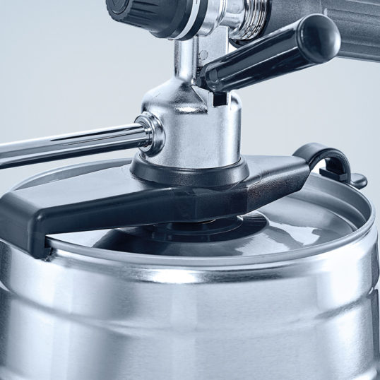 CO2 beer dispensing tap for 5-litre party kegs in metal design